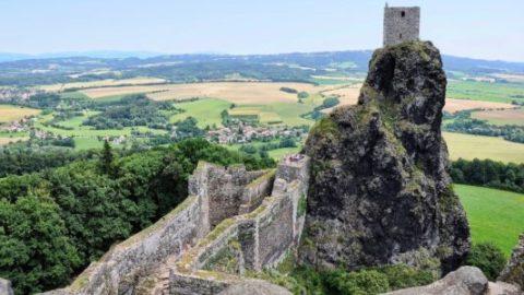 Bohemian Paradise (Český ráj) - ruins of castle trosky